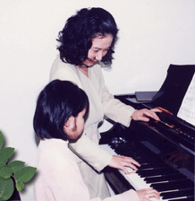 ピアノ講師 中西 世子
